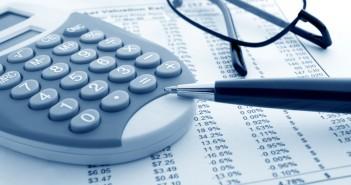autoverzekering vergelijken met rekenmachine en tabellen